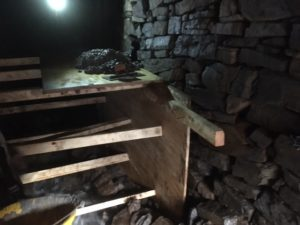 Shuttering to partial collapse repair